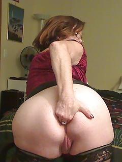 Mature Masturbation Pics